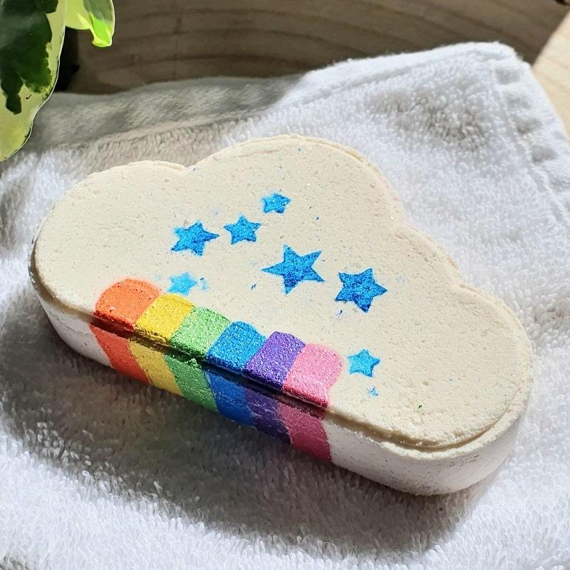 bath bomb rainbow